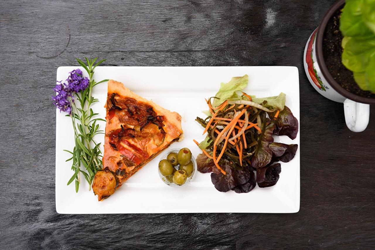 Фотография Пицца Оливки часть Еда Кусок кусочек кусочки Пища Продукты питания