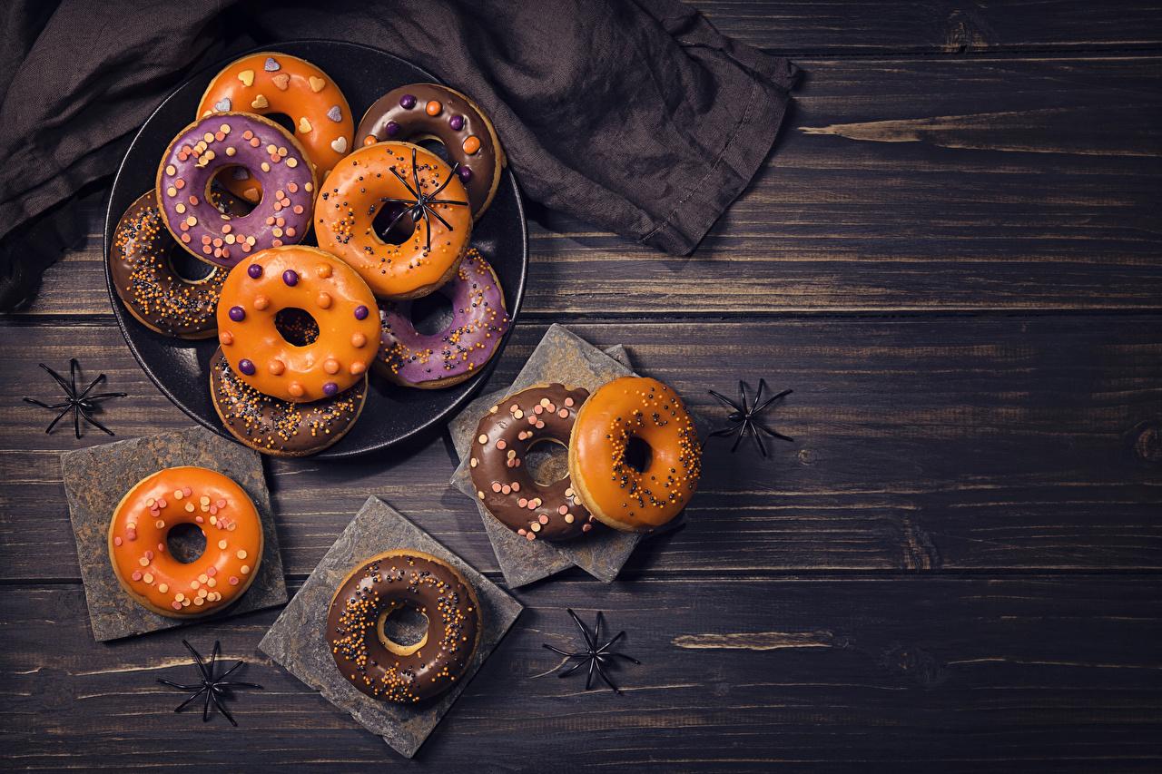 Фотографии Пончики хэллоуин Бадьян звезда аниса Пища Выпечка Праздники Доски Хеллоуин Еда Продукты питания