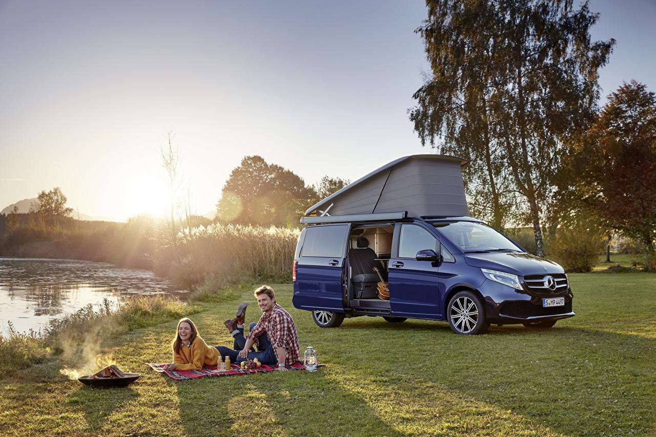 Картинки Mercedes-Benz Пикник 2019 Marco Polo Worldwide Синий Металлик Автомобили Мерседес бенц Авто Машины