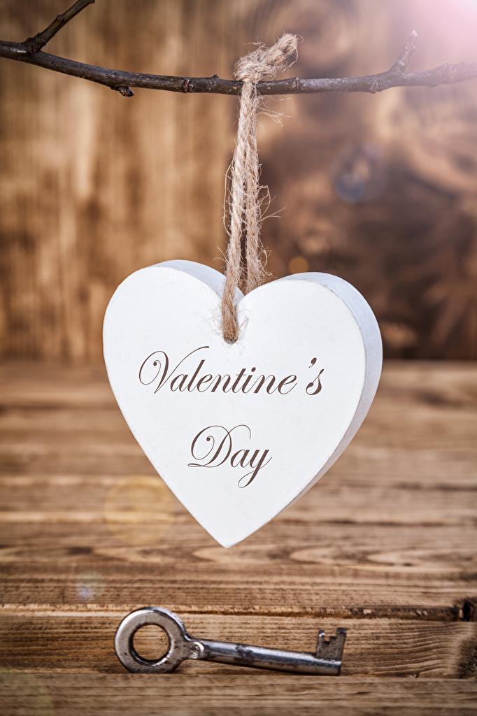Фото День святого Валентина Английский сердечко Замковый ключ Доски День всех влюблённых Сердце