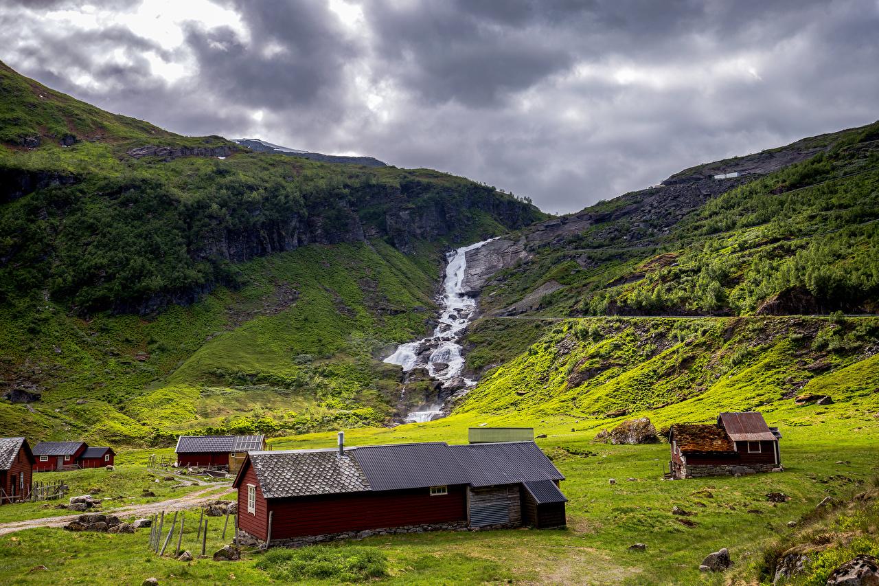 Фото Лофотенские острова Норвегия гора Ручей Природа облако Горы ручеек Облака облачно