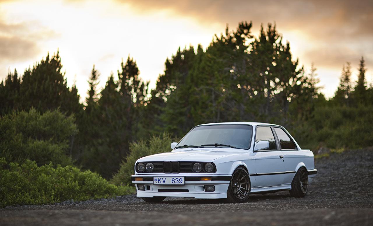 Картинка BMW E30 325i белые автомобиль БМВ белая Белый белых авто машины машина Автомобили