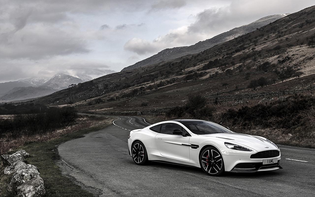 Фото Aston Martin Vanquish, Carbon White, UK-spec Белый Машины