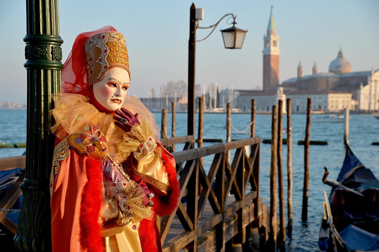 Фотография Венеция Италия Маски Уличные фонари Карнавал и маскарад Города город