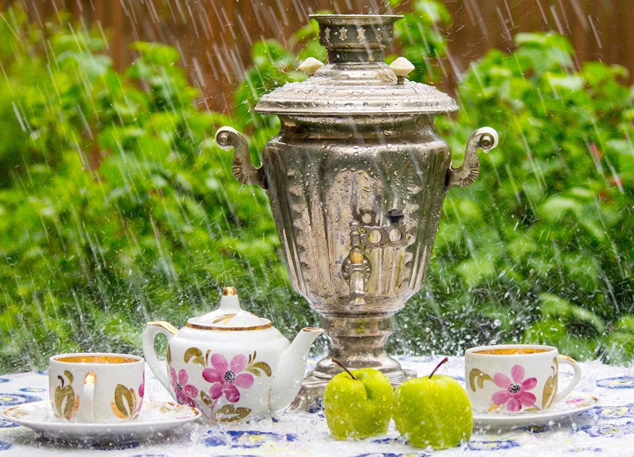 Фотографии Самовар Samovar Дождь Яблоки чашке Продукты питания самовары самовара Еда Пища Чашка