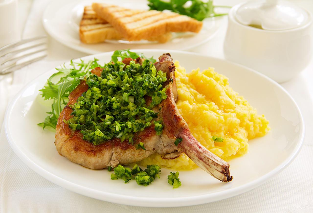 Фотография Пища Тарелка Мясные продукты Еда тарелке Продукты питания