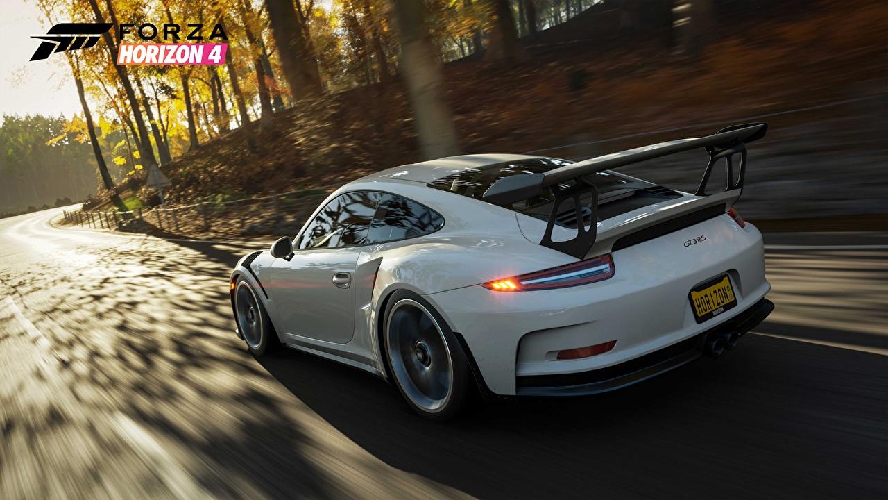 Обои для рабочего стола Forza Horizon 4 Порше 911 2018 GT3 RS белая Игры Движение авто Сзади Porsche Белый белые белых едет едущий едущая скорость компьютерная игра машины машина вид сзади Автомобили автомобиль