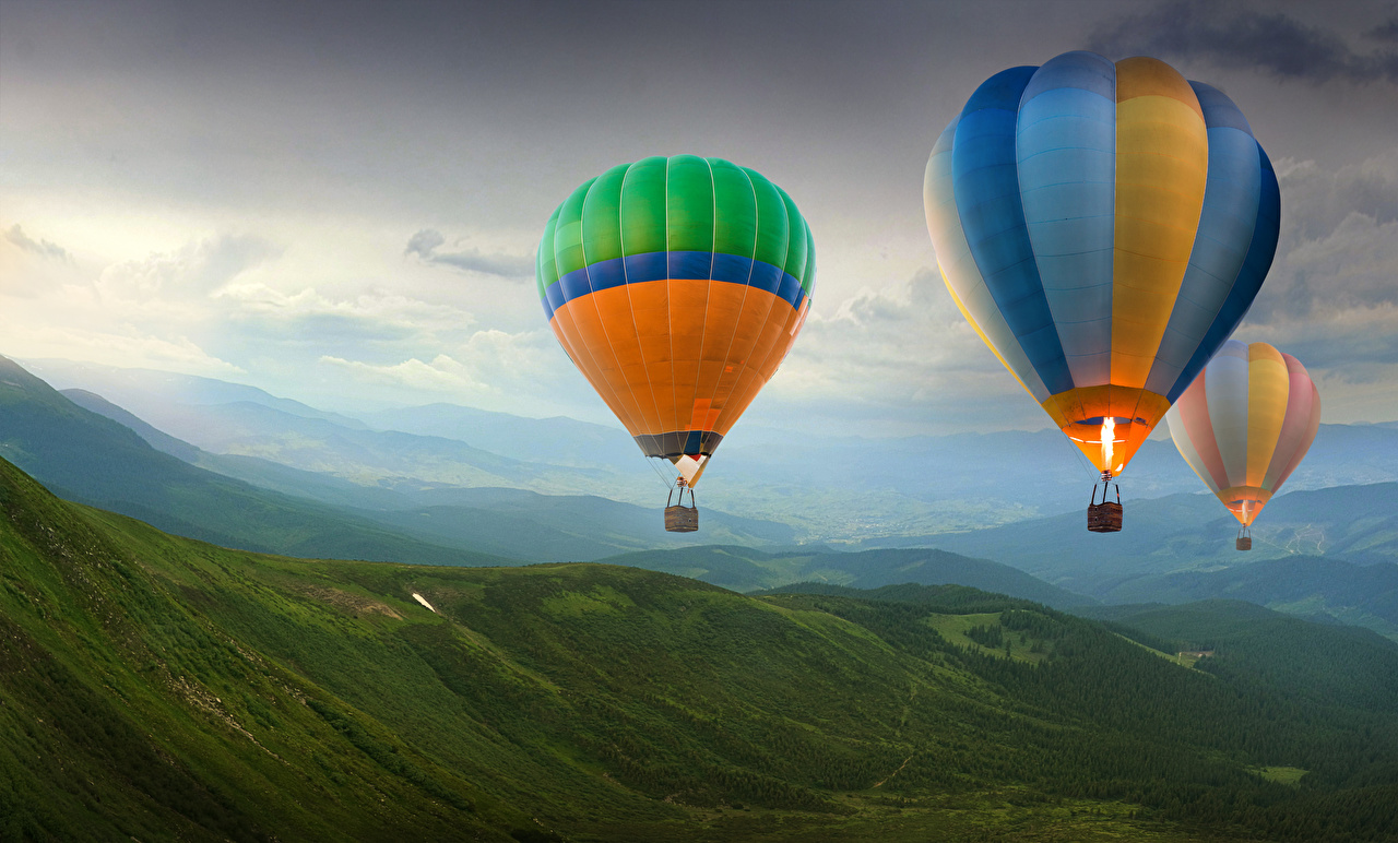 Фото Воздушный шар Природа Холмы Полет аэростат холм холмов летят летит летящий