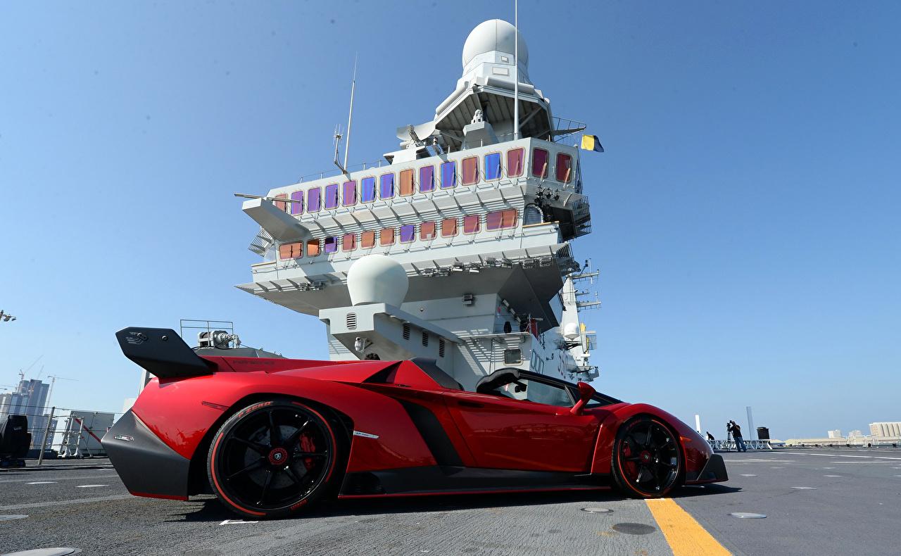 Фотографии Lamborghini Авианосец 2013 Veneno Roadster Nave Cavour Родстер Роскошные Красный Авто Ламборгини дорогие люксовые красных красные красная Машины Автомобили