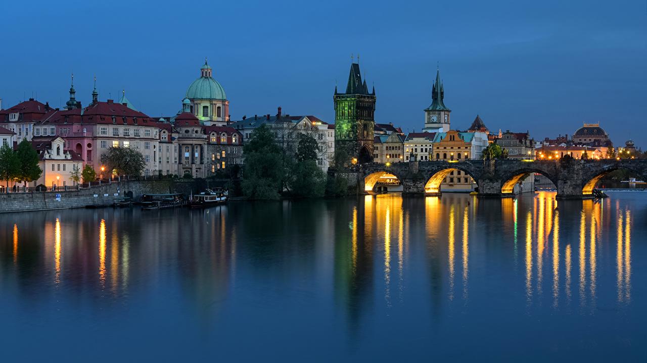 Фотография Прага Чехия Мосты речка Вечер Причалы город Здания мост Реки река Пирсы Пристань Дома Города