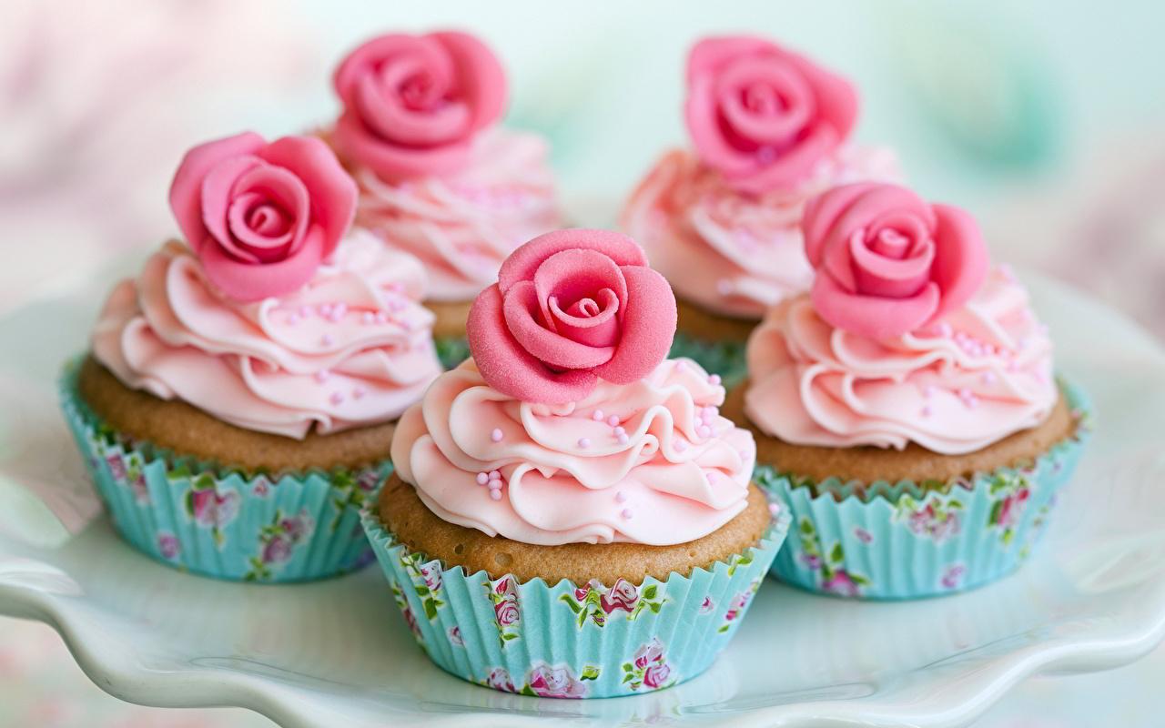 Обои для рабочего стола роза Капкейк кекс Еда Выпечка Розы Пища Продукты питания