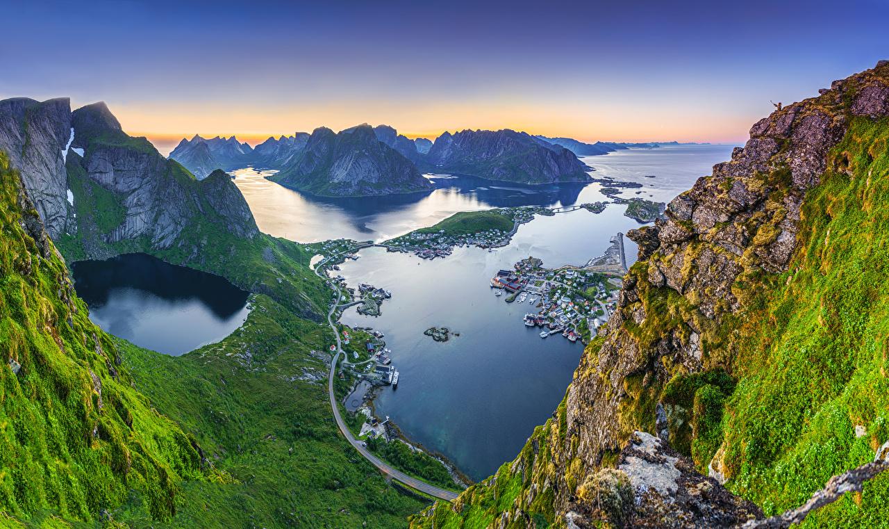 Фотографии Лофотенские острова Норвегия Reinebringen, Reine Горы Море скалы Природа Залив Сверху гора Утес скале Скала залива заливы