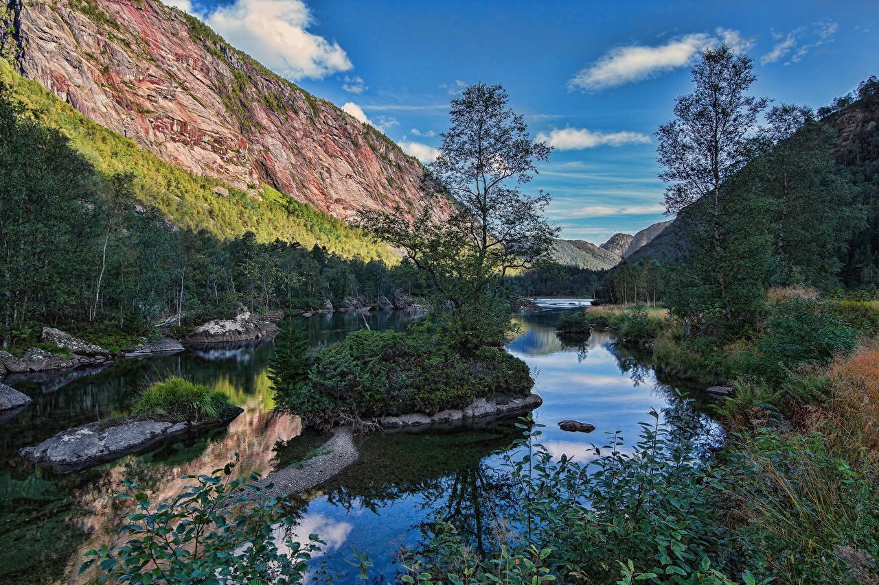 Фото Норвегия Modalen гора Скала Природа Реки Деревья Горы Утес скале скалы река речка дерево дерева деревьев