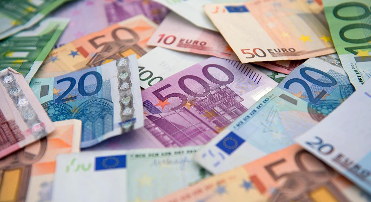 Картинка Евро Банкноты 500 Деньги Крупным планом Купюры вблизи