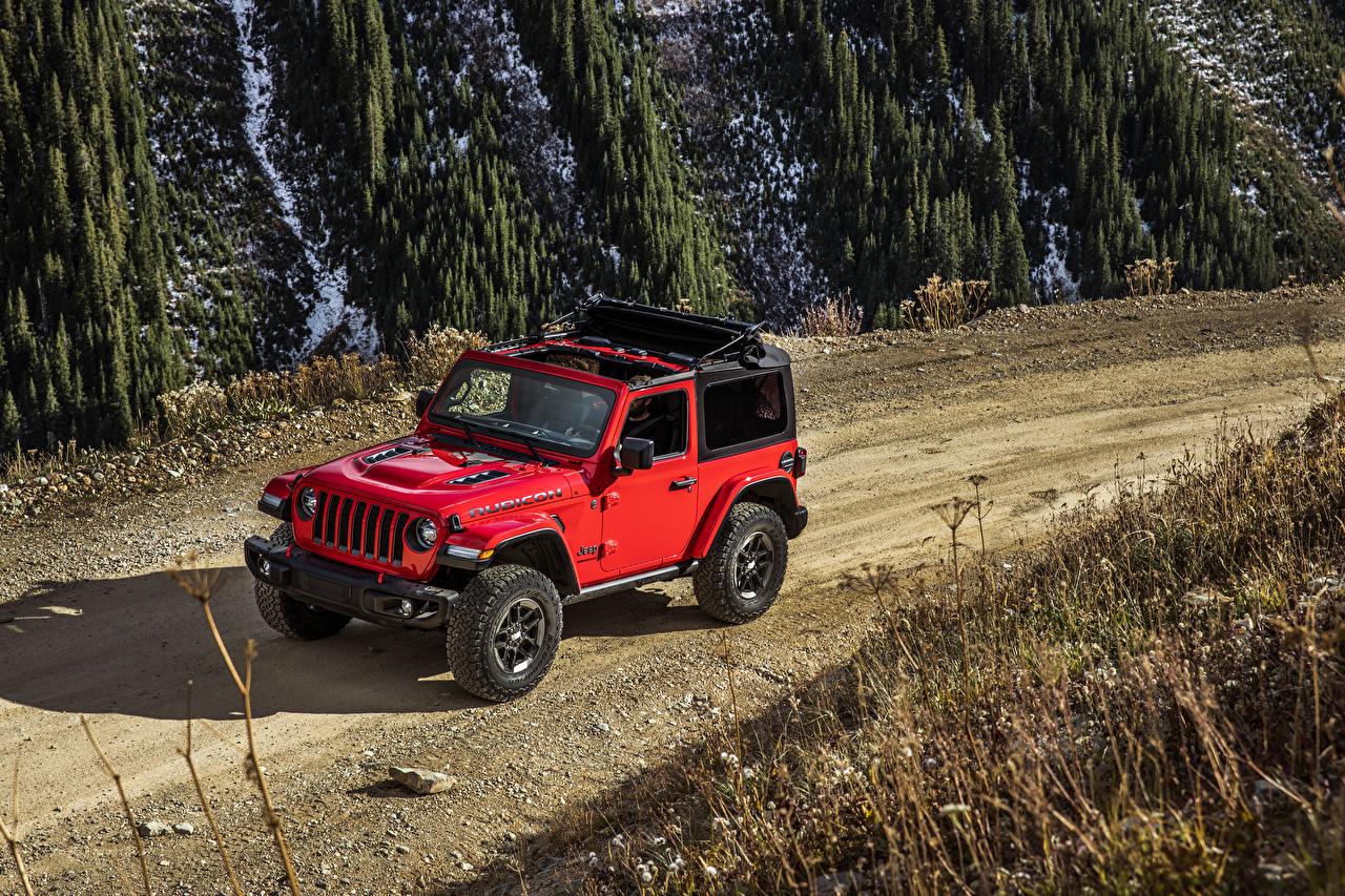 Фотография Джип 2018-19 Wrangler Rubicon красных Автомобили Jeep Красный красные красная авто машина машины автомобиль