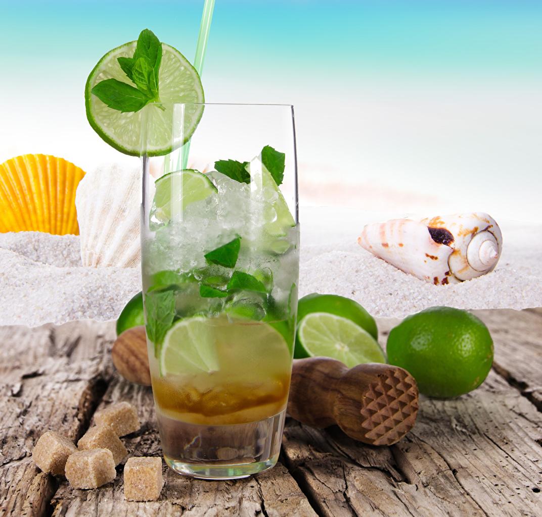 Фотография Лайм Сахар Стакан Ракушки Еда Доски Напитки сахара стакана стакане Пища Продукты питания напиток