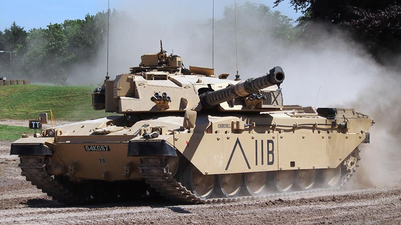 威圧感ある戦車の壁紙