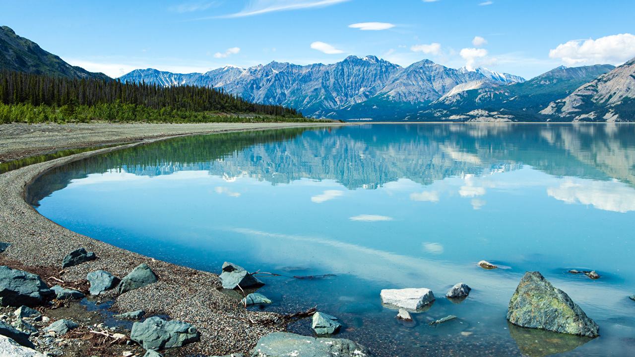 Фото Канада Yukon (Territory) Горы Природа Озеро Камни гора Камень