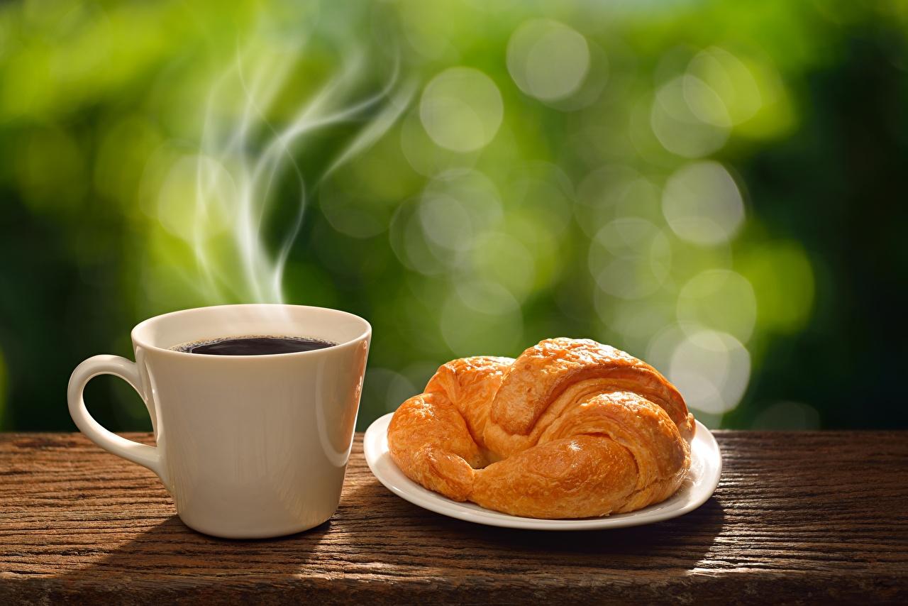 Фотография Кофе Круассан Пар Пища Чашка Еда Продукты питания