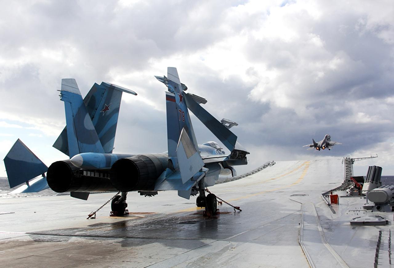 Фото Истребители Самолеты Авианосец российские Su 33 Admiral Kuznetsov Армия Авиация Русские