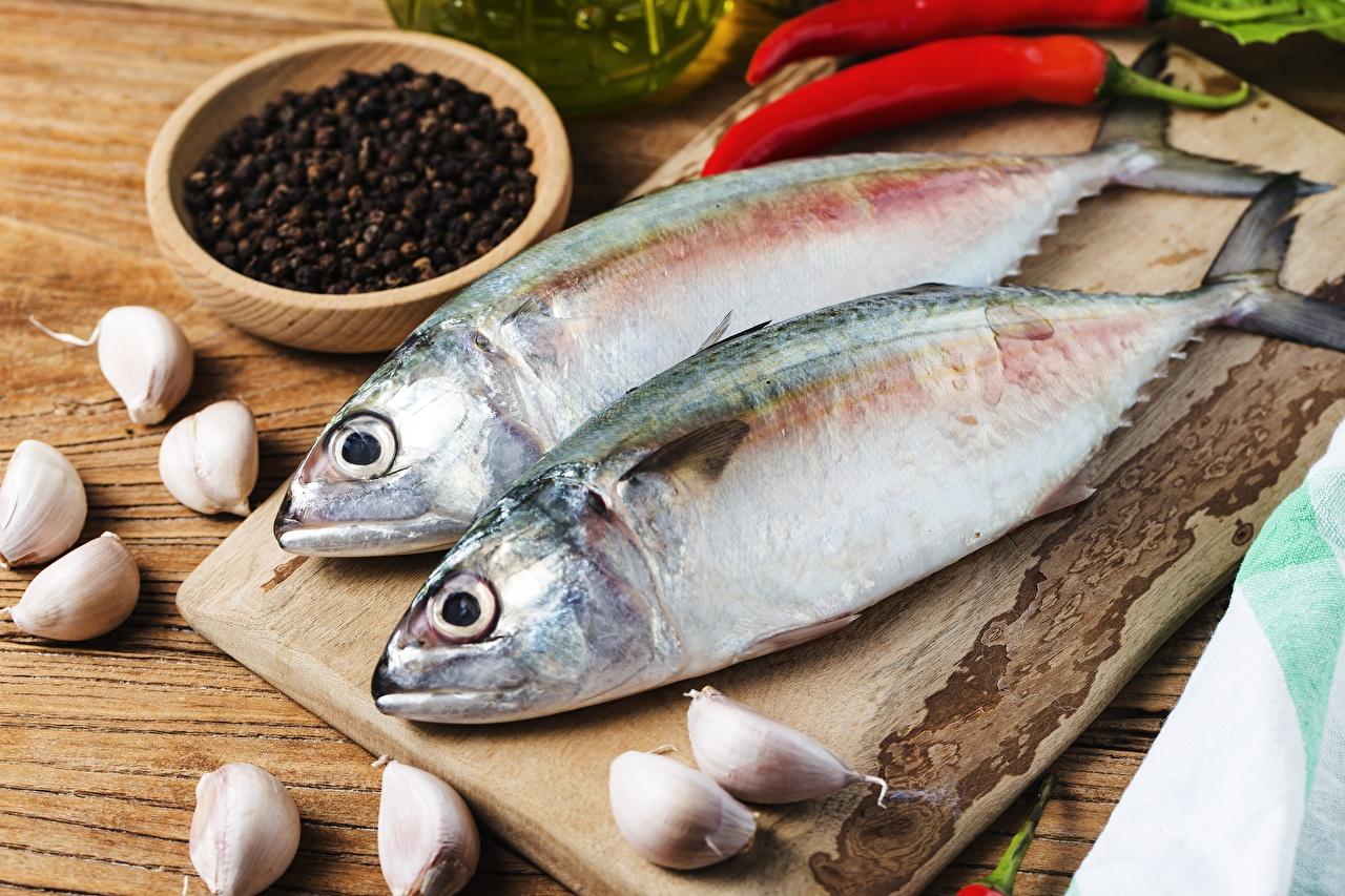 Обои для рабочего стола Перец чёрный Рыба Чеснок Пища Еда Продукты питания