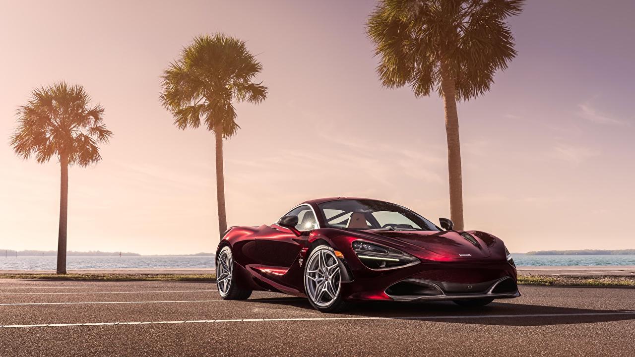 Фотография Макларен 2018 MSO 720S темно красный авто McLaren Бордовый бордовые бордовая машина машины автомобиль Автомобили