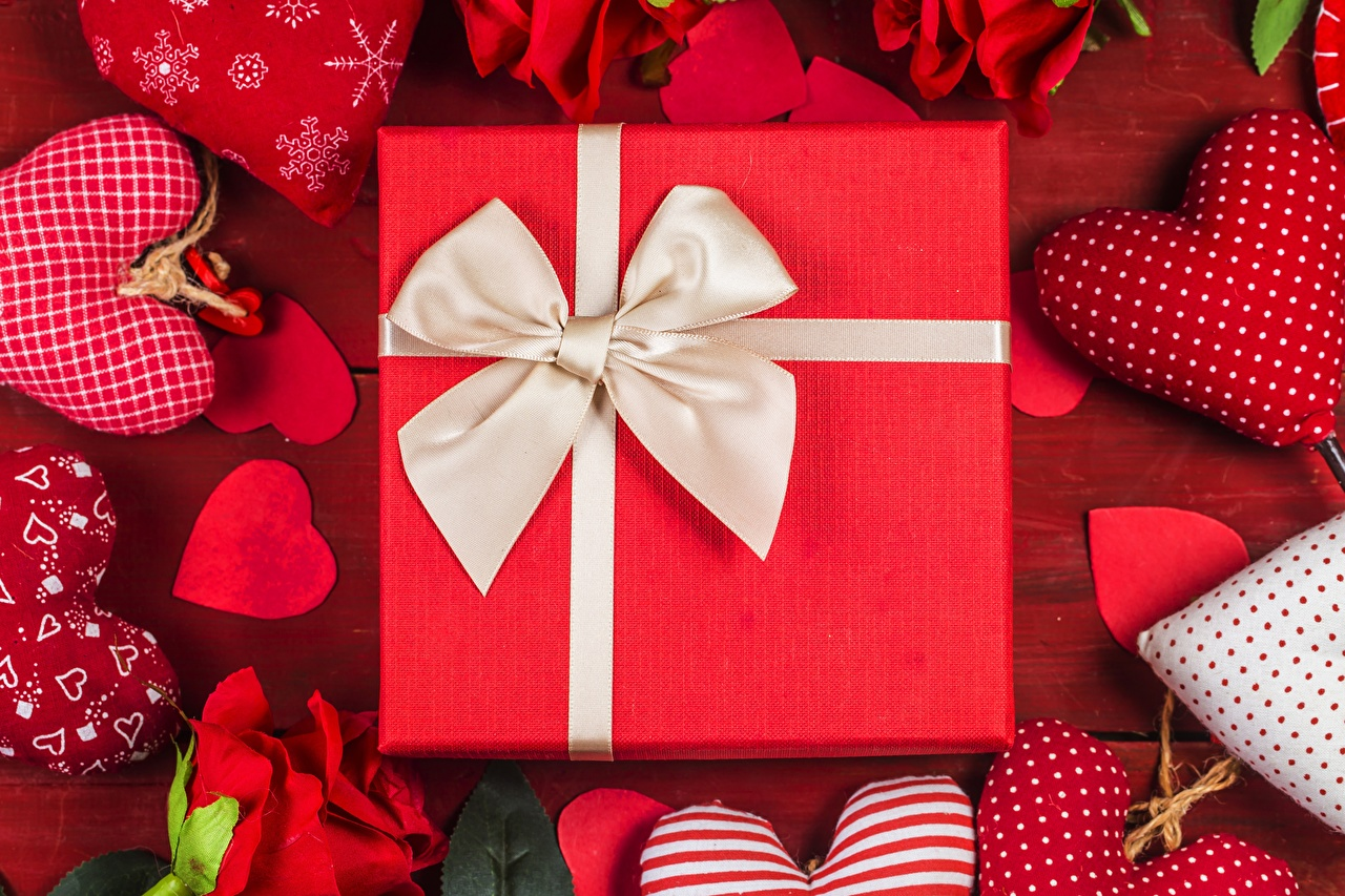 Картинки День всех влюблённых серце подарков Бантик День святого Валентина Сердце сердца сердечко Подарки подарок бант бантики