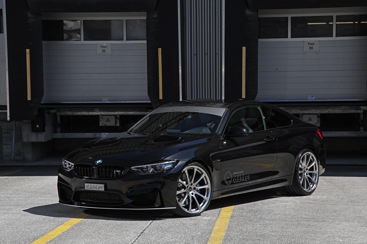 Картинки BMW 2017 M4 Coupe Competition Package черные машины Металлик БМВ черных Черный черная авто машина автомобиль Автомобили