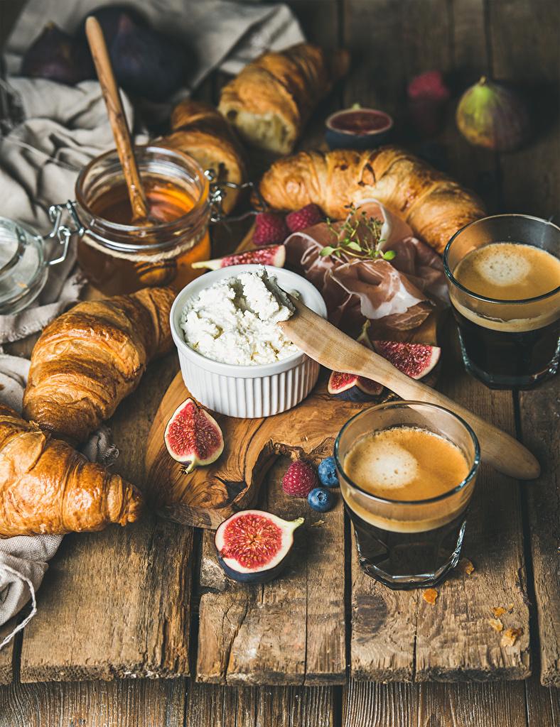 Картинки Мед Кофе Инжир Творог Круассан Стакан Еда Доски стакана стакане Пища Продукты питания