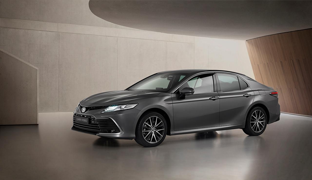 Картинки Toyota Camry Hybrid, EU-spec, 2020 серые Металлик Автомобили Тойота серая Серый авто машины машина автомобиль