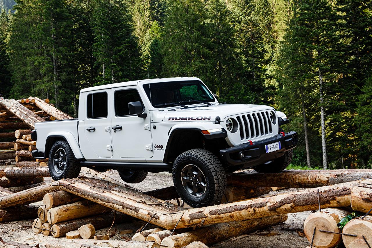 Фото Джип SUV 2019 Gladiator Rubicon Пикап кузов Белый авто Jeep Внедорожник белая белые белых машина машины Автомобили автомобиль