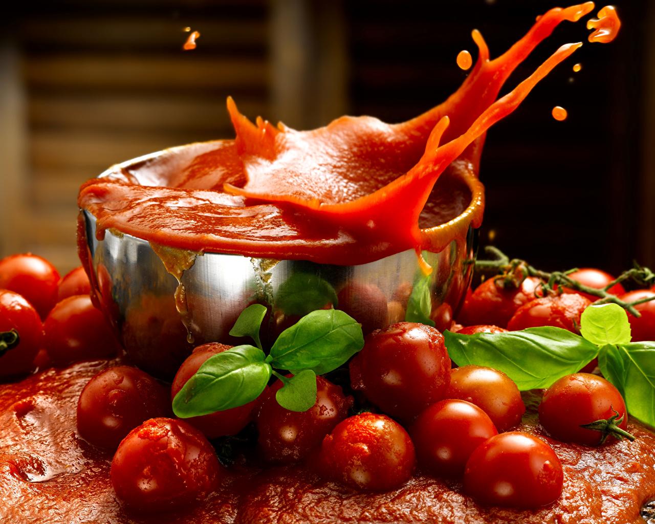 Фото Сок Помидоры Брызги Еда Томаты с брызгами Пища Продукты питания