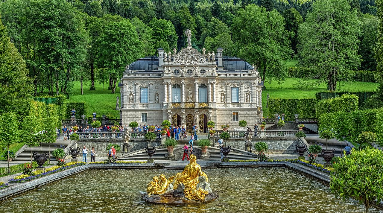 Картинки Бавария Дворец Германия Фонтаны Linderhof HDRI Лестница Города Деревья скульптура дворца HDR лестницы город дерево дерева деревьев Скульптуры