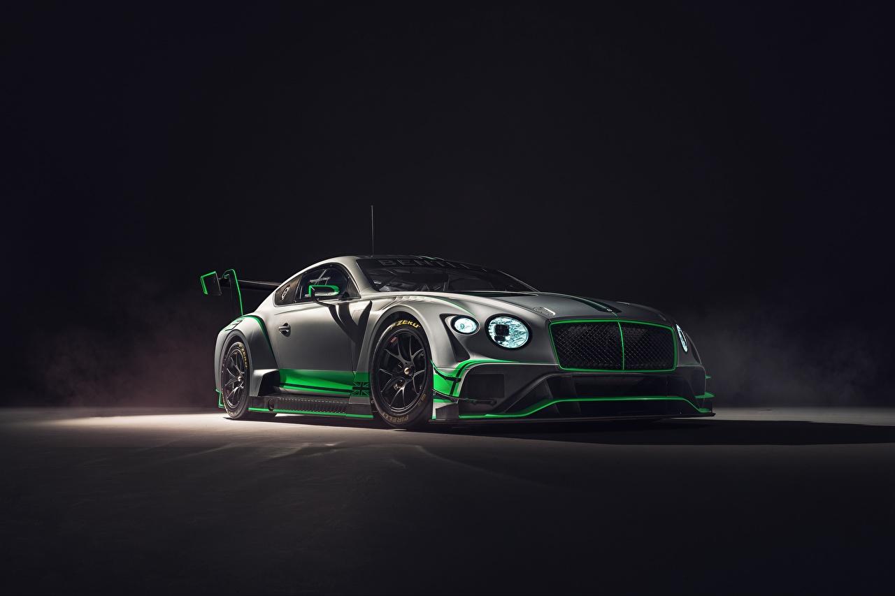 Фотографии Бентли 2018 Continental GT3 Серый машины Bentley серая серые авто машина Автомобили автомобиль