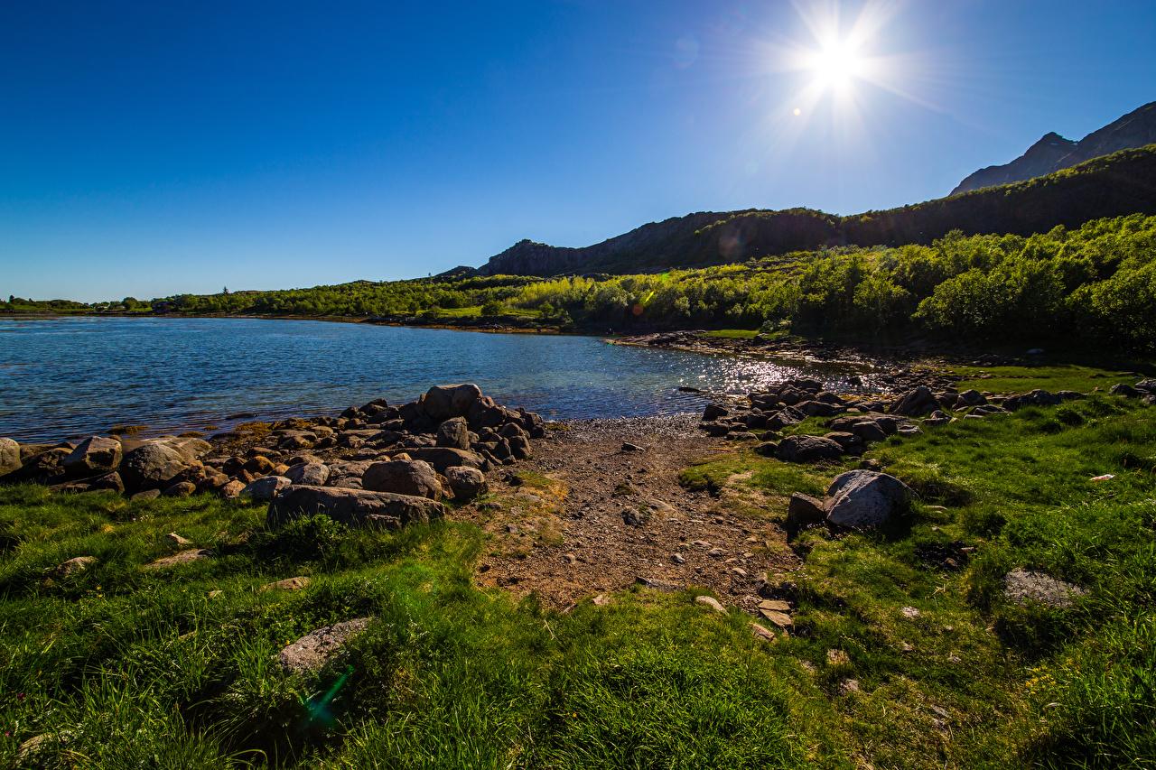 Обои для рабочего стола Лофотенские острова Норвегия Горы солнца Природа Небо Камни гора Солнце Камень