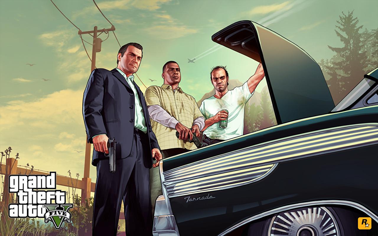 Картинки ГТА 5 Grand Theft Auto мужчина Michael Trevor Franklin 3д компьютерная игра костюме GTA GTA 5 Мужчины 3D Графика Игры Костюм костюма классический костюм