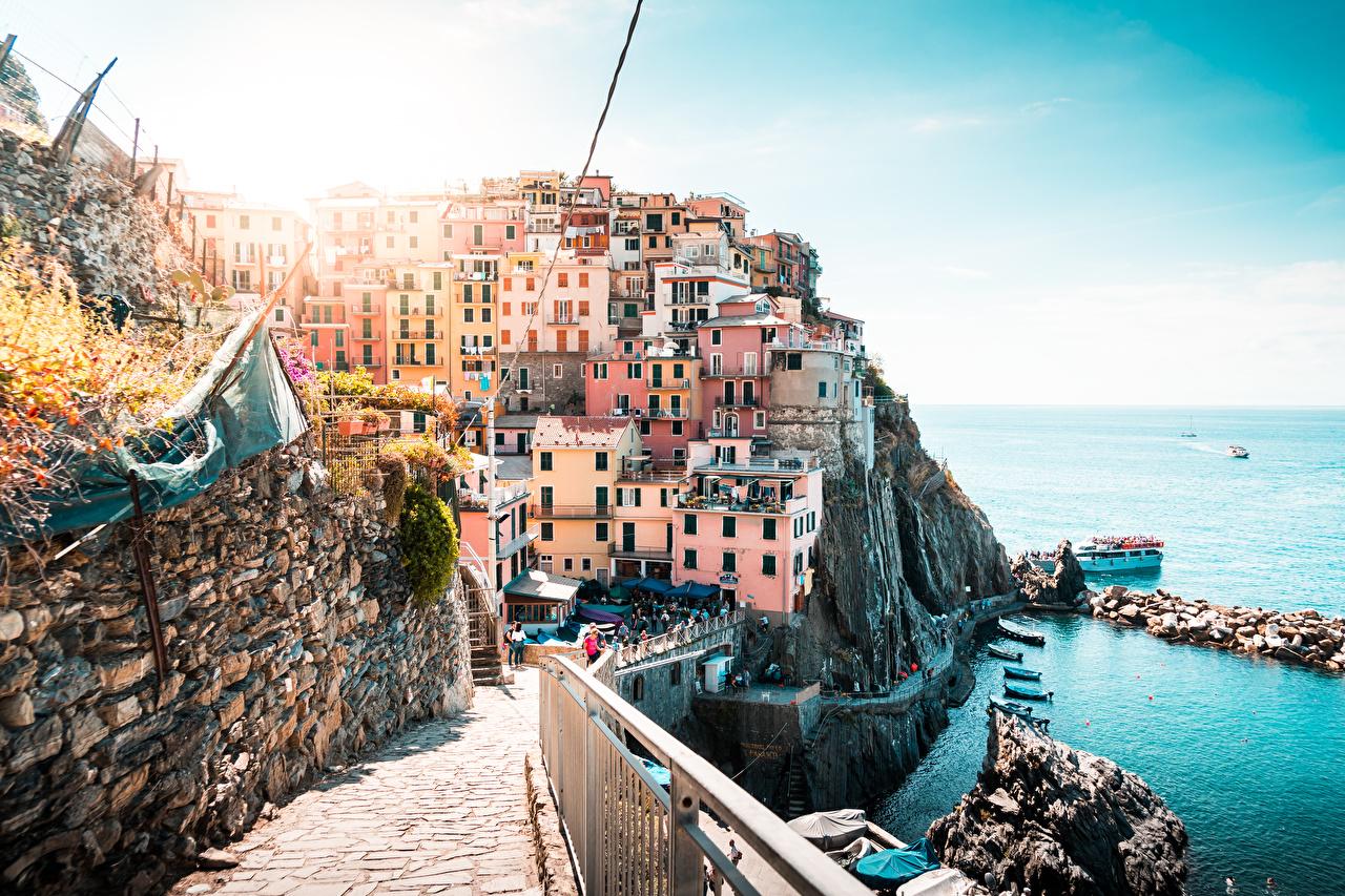 Фото Лигурия Италия La Spezia Побережье Дома город берег Здания Города