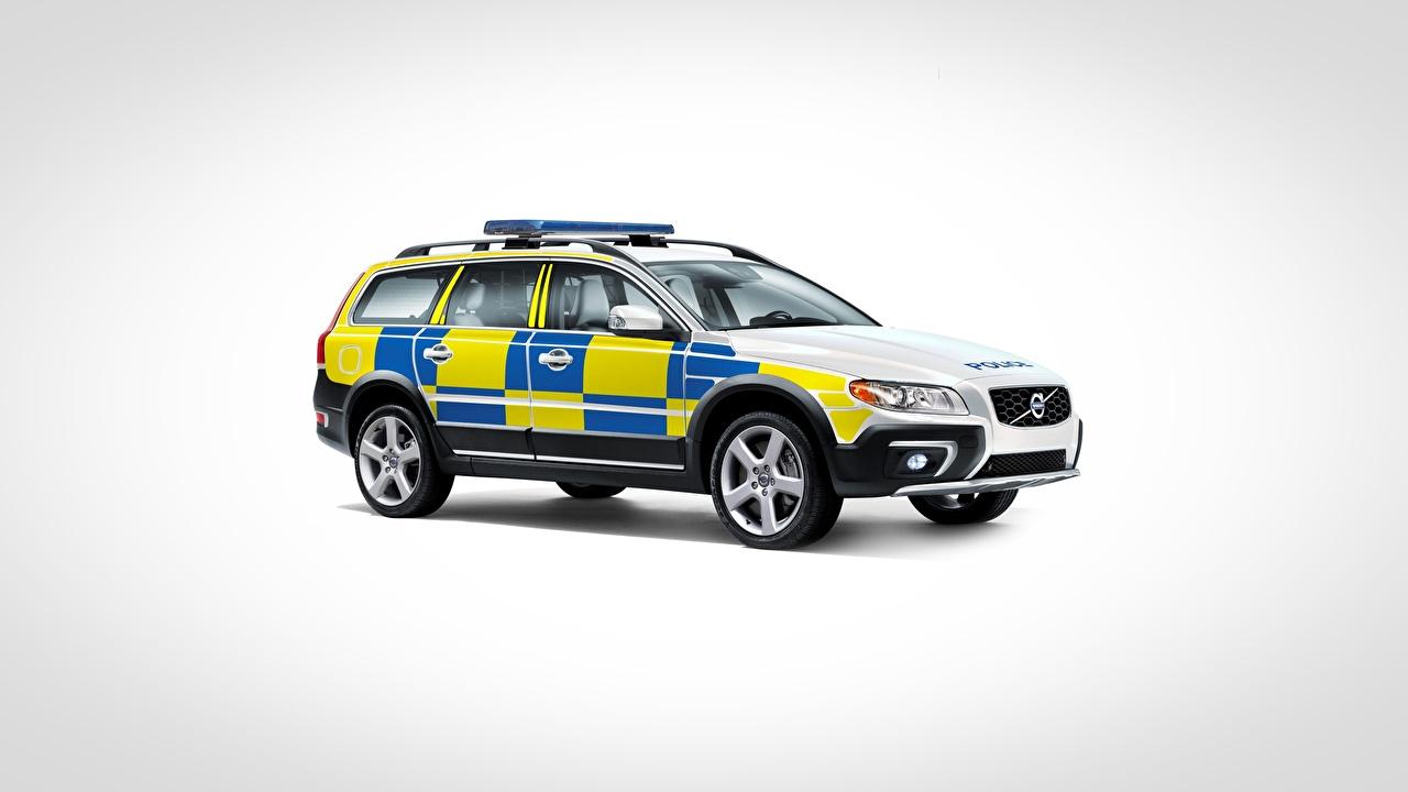 Фотографии Volvo Полицейские XC70, Police Car авто Сбоку Серый фон Вольво полицейский полицейская полицейский машина машины автомобиль Автомобили сером фоне