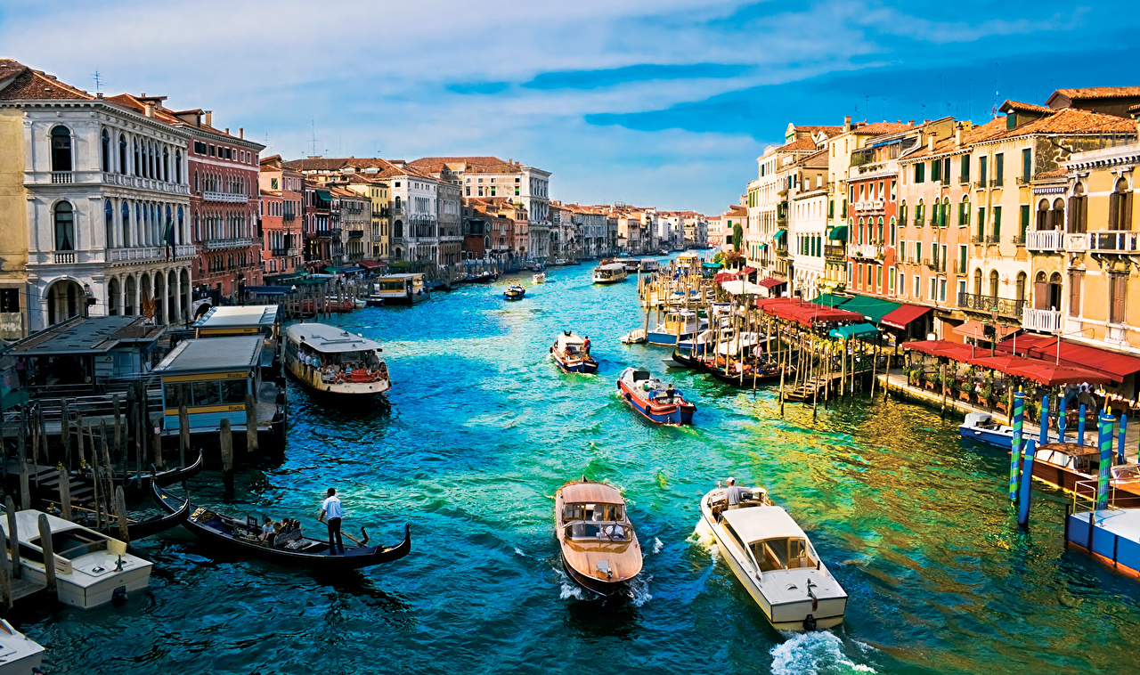 Обои Венеция Италия Водный канал Лодки Катера Города Здания Дома