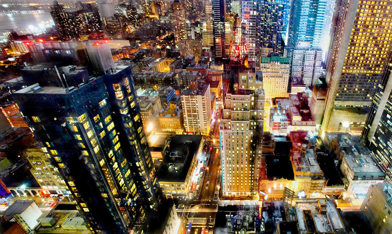 Обои для рабочего стола Нью-Йорк штаты мегаполиса Вечер Сверху Города Здания США америка Мегаполис Дома город