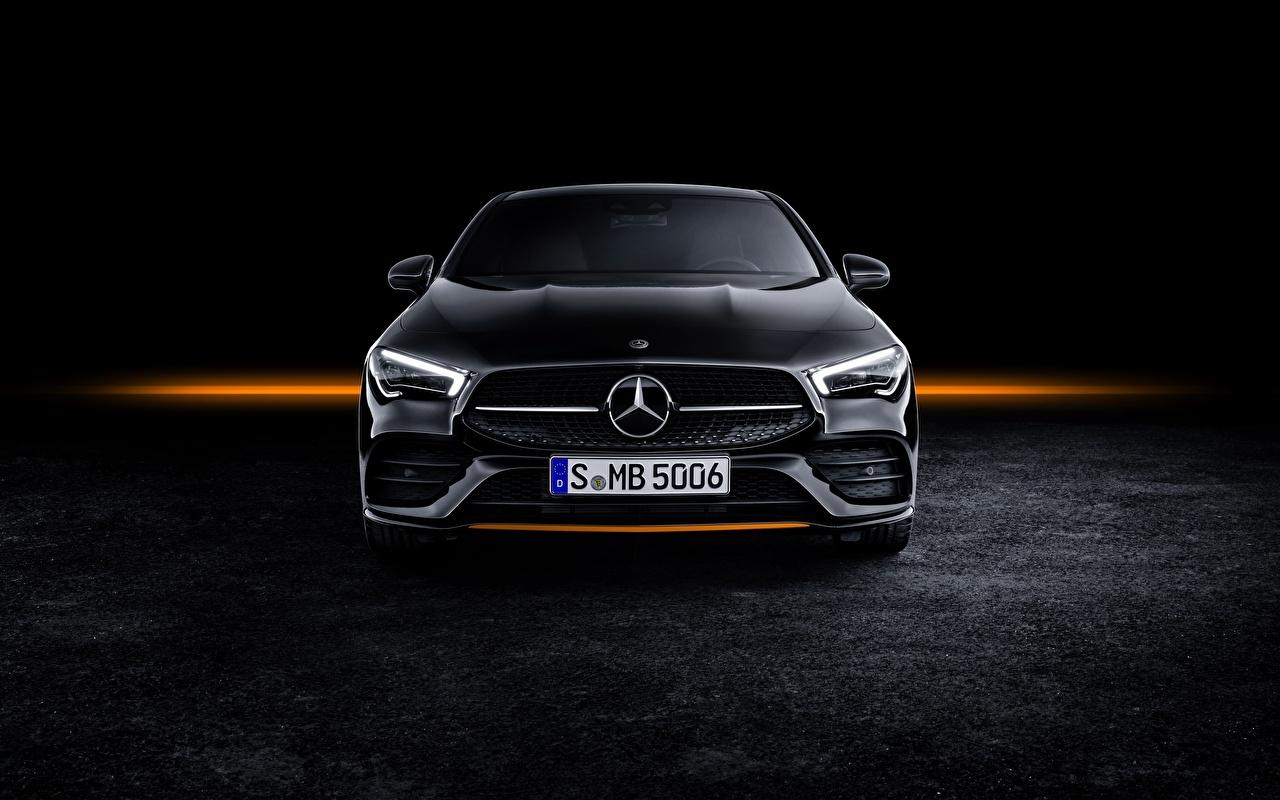 Картинка Мерседес бенц CLA AMG Line 2019 Edition Orange Art авто Спереди Mercedes-Benz машина машины автомобиль Автомобили