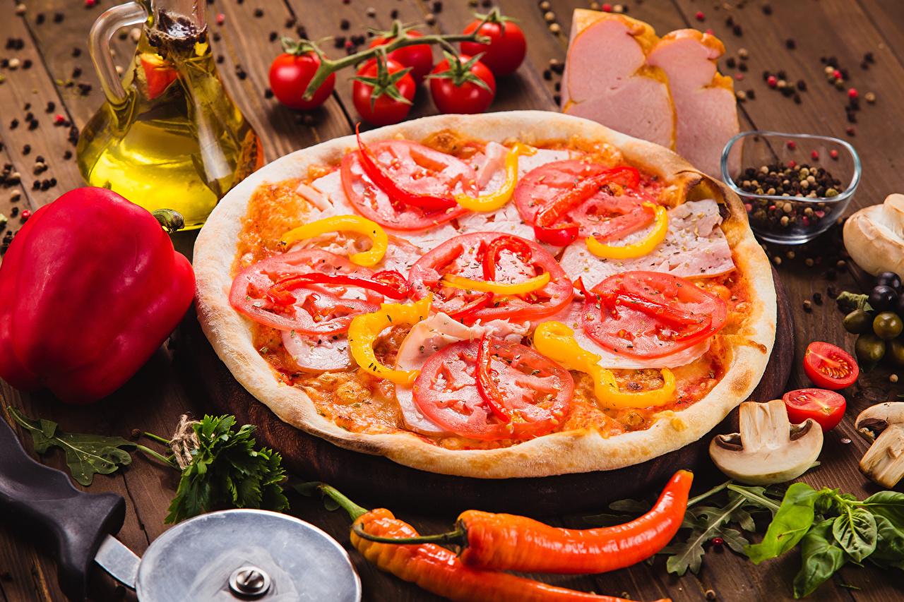 Фотографии Пицца Быстрое питание Овощи приправы Продукты питания Доски Фастфуд Еда Пища Специи пряности