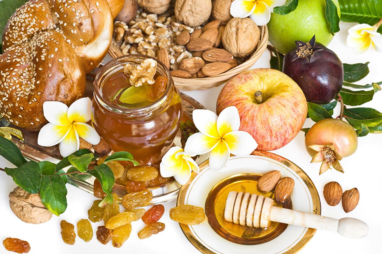 Обои для рабочего стола Мед Изюм Яблоки Плюмерия Продукты питания Орехи Еда Пища