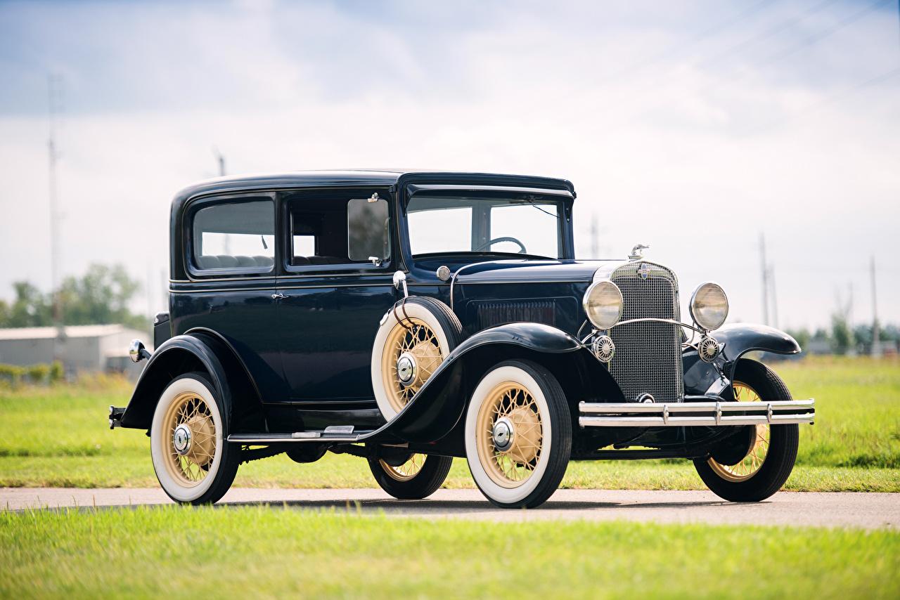 Обои для рабочего стола Шевроле 1931 Independence Coach Синий Ретро машины Металлик Chevrolet синих синие синяя винтаж старинные авто машина автомобиль Автомобили