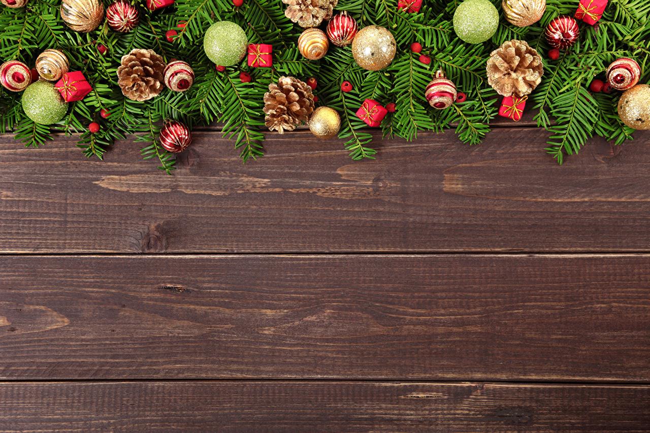 Картинка Рождество Шар шишка Доски Новый год Шишки Шарики