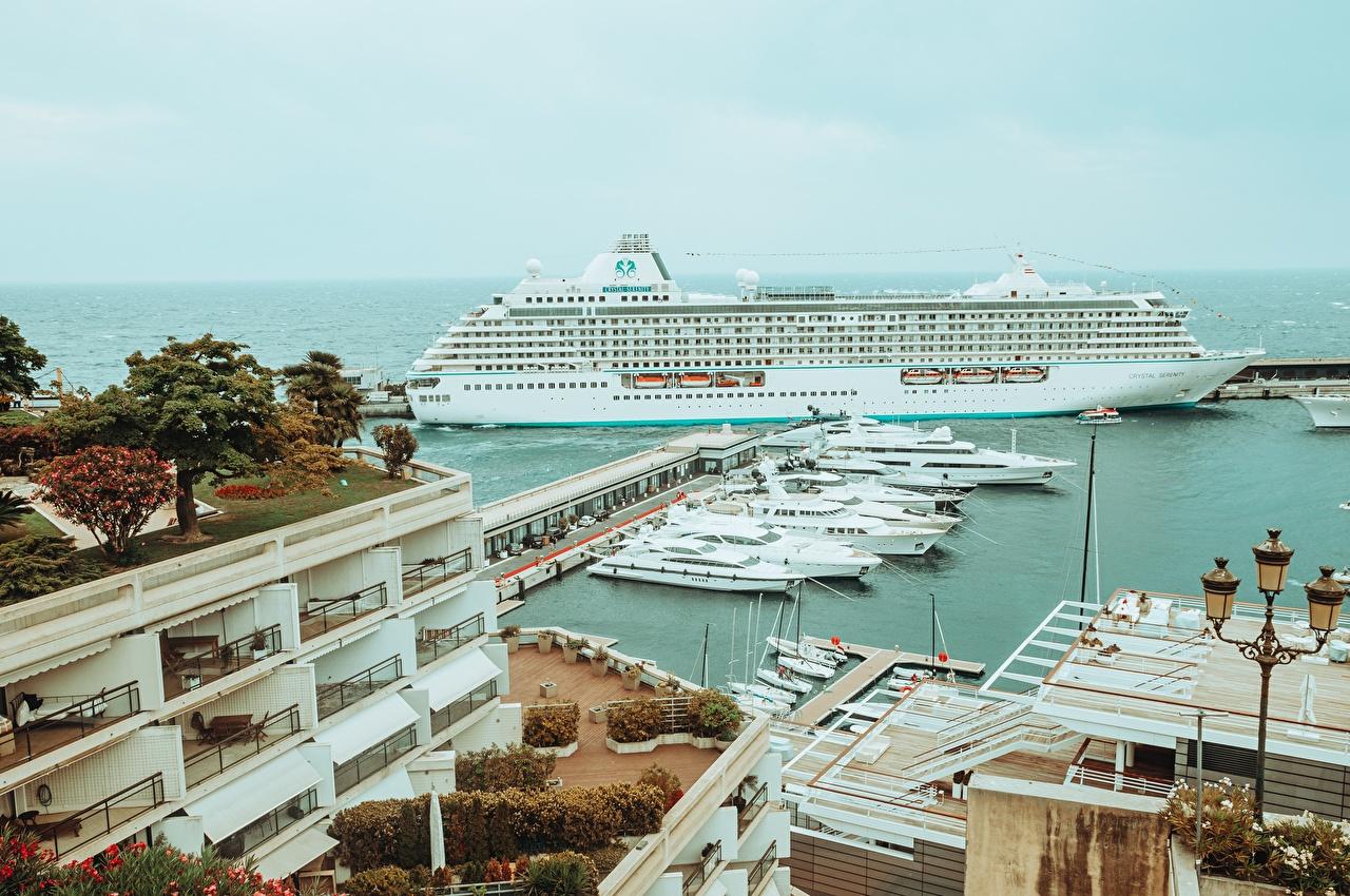 Фотография Монте-Карло Монако Круизный лайнер Яхта Пирсы Уличные фонари город Причалы Пристань Города