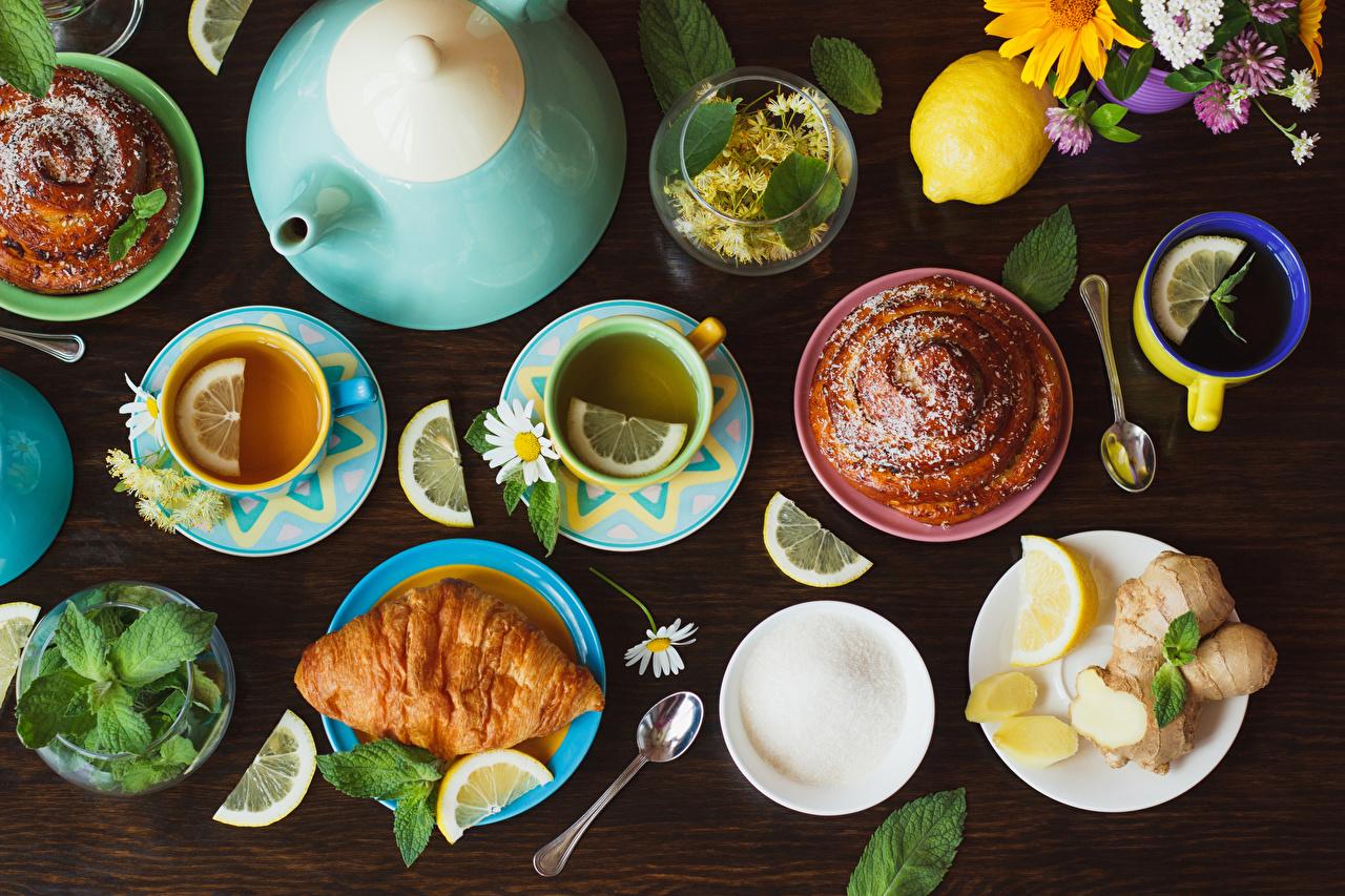 Картинки Чай Круассан Чайник Лимоны Булочки Еда Ложка чашке Пища ложки Чашка Продукты питания