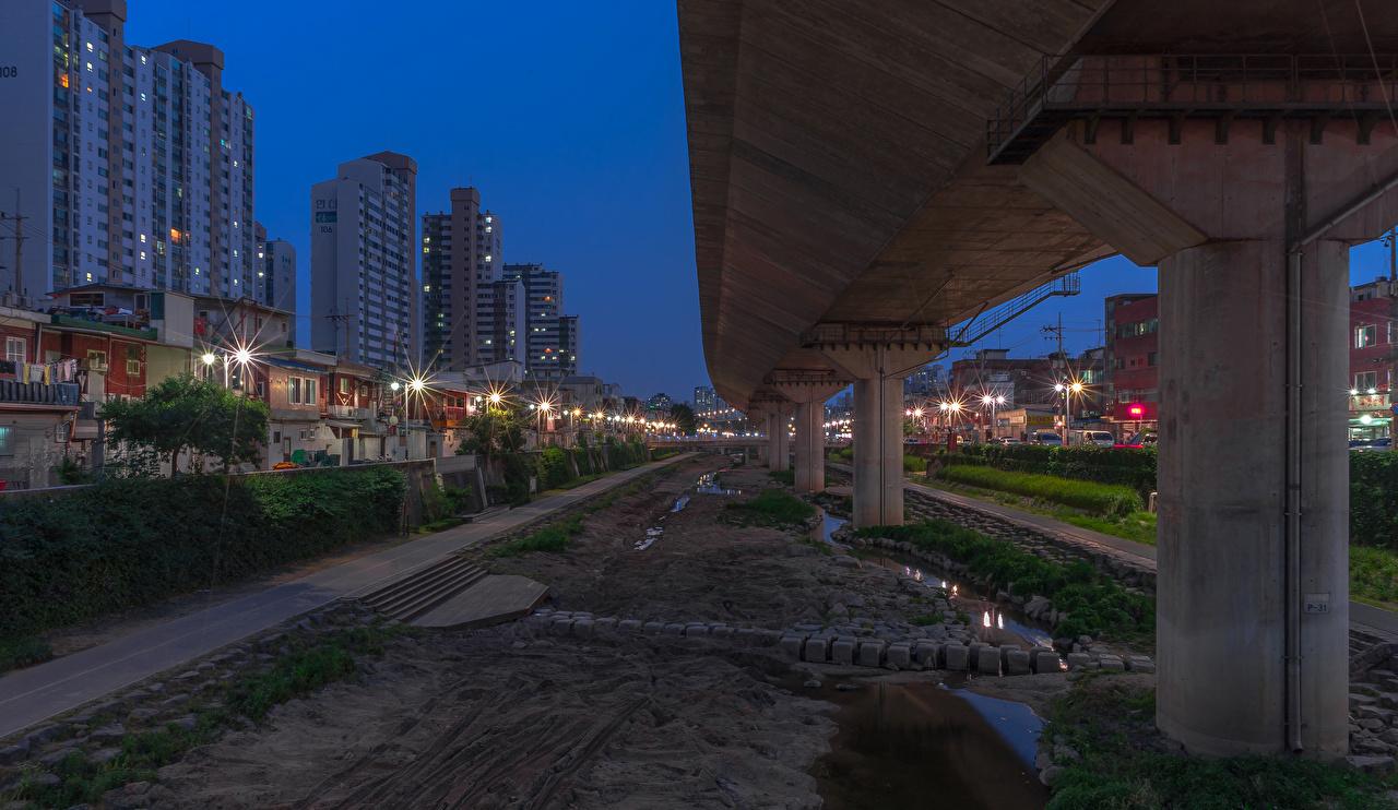 Фотографии Города Южная Корея Сеул улице Вечер Дома Города Уличные фонари улиц Улица город Здания