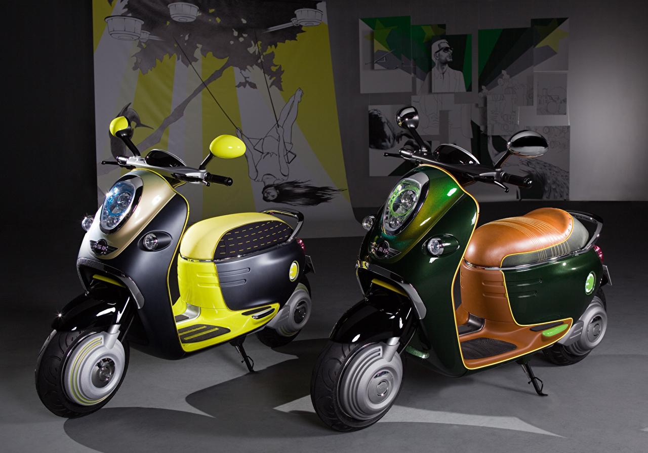 Картинки Скутер 2010 MINI Scooter E Concept две мотоцикл Мотороллер 2 два Двое вдвоем Мотоциклы