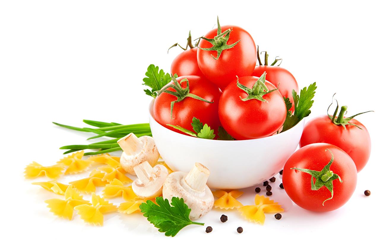 Фото Макароны Помидоры Грибы Еда Томаты Пища Продукты питания